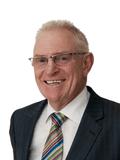 Mycheal Carter, Professionals Broadbeach - Mike Carter Real Estate