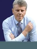 Ian Johnson, Mooven Real Estate