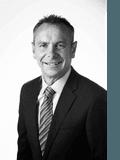 Dean Johnson, Sweeney Estate Agents - Footscray
