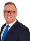 Wayne Baker, Ray White  - Geelong