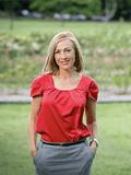 Cynthia Keays, Place - New Farm