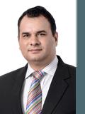Tanveer Ahmed, Professionals  - Caroline Springs
