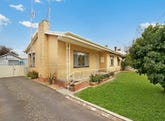 28 Yaldwyn Street East, Kyneton, Vic 3444