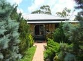84 Whiskey Gully Road, Stanthorpe, Qld 4380