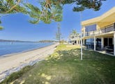 2 Seaview Crescent, Salamander Bay, NSW 2317