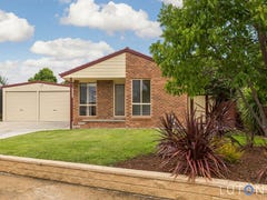 14 Reader Court, Banks, ACT 2906
