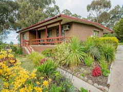 42  Tomkies Road, Castlemaine, Vic 3450