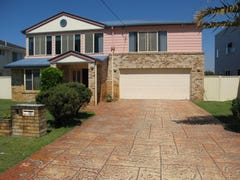 33 The Esplanade, Jacobs Well, Qld 4208