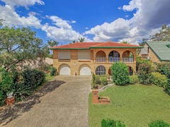 16 Modred Street, Carindale, Qld 4152