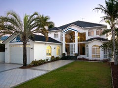 2 St Martin Place, Clear Island Waters, Qld 4226