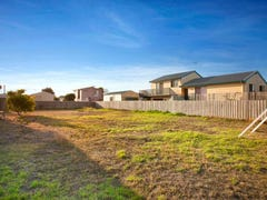 10 Tampa Road, Cape Woolamai, Vic 3925