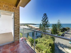 4/38 BEACH STREET :-&gt;, Curl Curl, NSW 2096