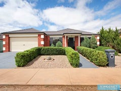 4 Castlemaine Way, Caroline Springs, Vic 3023
