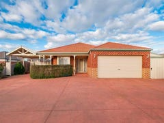 11 Tarrango Court, Sunbury, Vic 3429