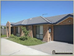 2/58 Betty Maloney Crescent, Banks, ACT 2906