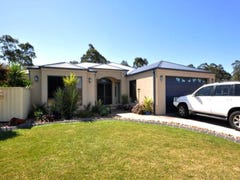 30 Hargreaves Circuit, Metford, NSW 2323