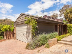 41 Barnet Close, Phillip, ACT 2606