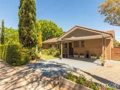 124 Namatjira Drive, Stirling, ACT 2611