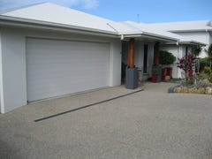 14 Douglas Crescent, Rural View, Qld 4740