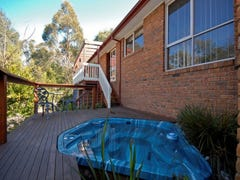 8 JARROD PLACE, Croydon North, Vic 3136