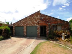 8 Watt Place, Lavington, NSW 2641
