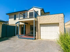 3/40 Surfcoast Highway, Torquay, Vic 3228