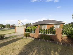 11 Golfwood Close, Dingley Village, Vic 3172