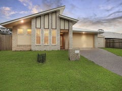4 Tiara Place, Lawnton, Qld 4501