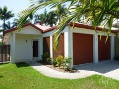 97 Cedar Road, Palm Cove, Qld 4879