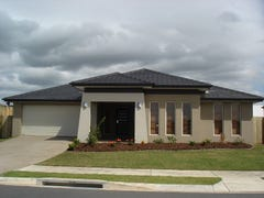 21 Hillsborough Circuit, Mountain Creek, Qld 4557