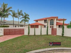 80 Montevideo Drive, Clear Island Waters, Qld 4226
