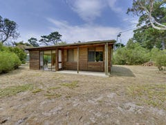 32a Thompson Way, Clifton Beach, Tas 7020