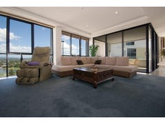 17 Albert Ave, Broadbeach, Qld 4218