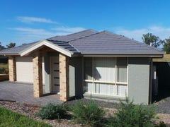 21 Regal Park Drive, Tamworth, NSW 2340
