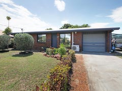 34 Moatah Drive, Beachmere, Qld 4510