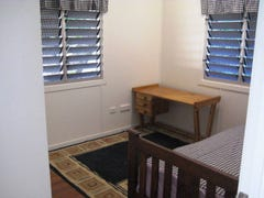 54 Railway Avenue, Railway Estate, Qld 4810