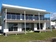 2 Serrata Crescent, Sisters Beach, Tas 7321