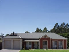 14 The Pines Street, Littlehampton, SA 5250