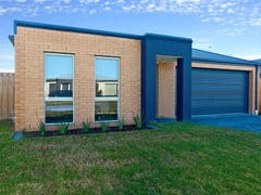 10 Danita Way, Cranbourne West, Vic 3977