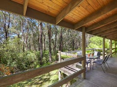 7 Pine Avenue, Red Hill South, Vic 3937