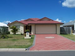 8 Earl St Vincent Circuit, Eli Waters, Qld 4655