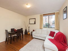 2/5 Walsh Place, Curtin, ACT 2605