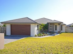 32 Parklands Boulevard, Wondunna, Qld 4655