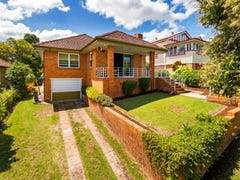 49 Doughty Avenue, Holland Park West, Qld 4121