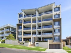 4/12 Burrawan Street, Port Macquarie, NSW 2444