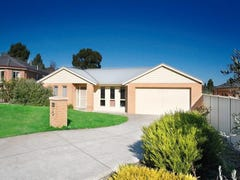 8 Mayfair Court, Mount Helen, Vic 3350