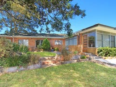 9 Pine Crescent, Coniston, NSW 2500