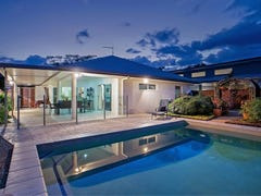 6 Saunders Crt, Clifton Beach, Qld 4879