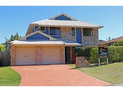 - Stockton Close, Carindale, Qld 4152