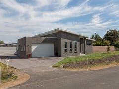2 Coastal Drive, Seven Mile Beach, Tas 7170